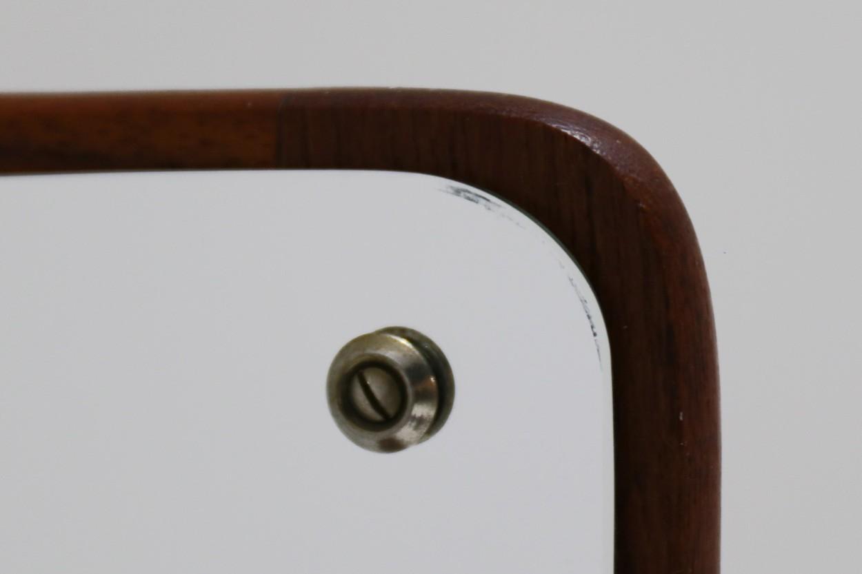 デンマーク製 チーク材ミラー 引き出し付き 壁掛け 高さ70cm 北欧ビンテージ家具/DK10931