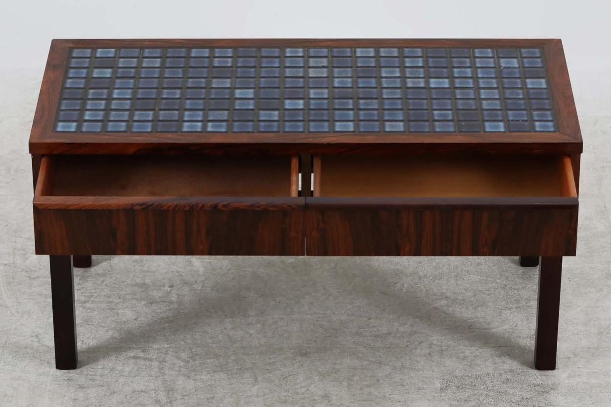 デンマーク製 タイルトップ 小ぶりなローボード/サイドボード ローズウッド材 幅90cm 北欧家具ビンテージ/DK10508
