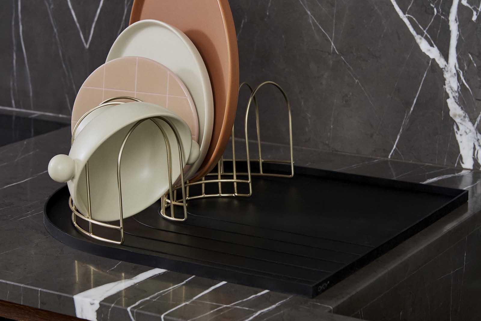 OYOY Living Design 北欧デザインのおしゃれなディッシュトレイとドレイナーのセット/水切りラック