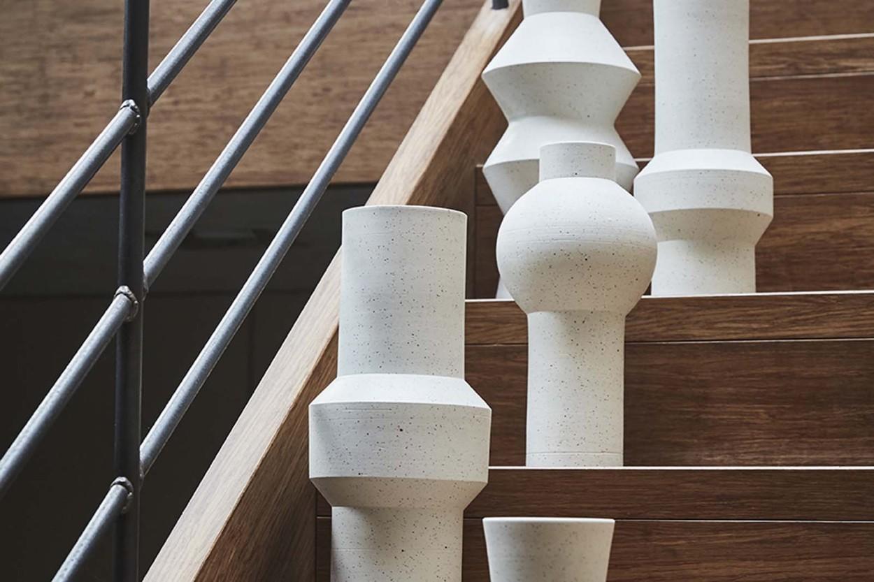 HKliving クレイのデザインフラワーベース 高さ30cm