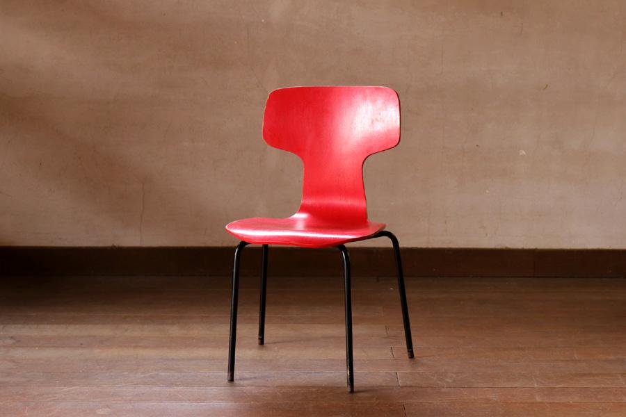Arne Jacobsen(アルネ・ヤコブセン)Tチェア 子供用 北欧家具ビンテージ/DK8971