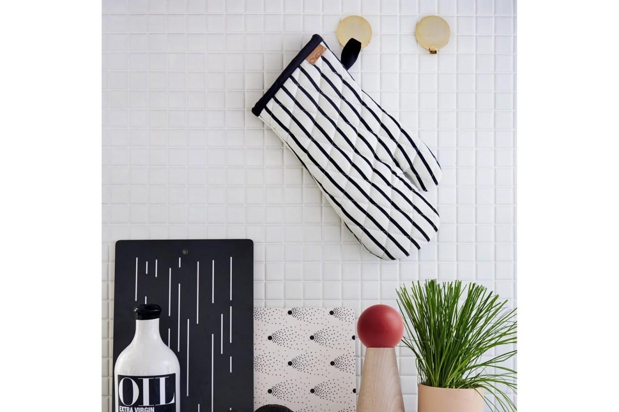 OYOY Living Design ブラスカラーのフックピンプレート 2個セット