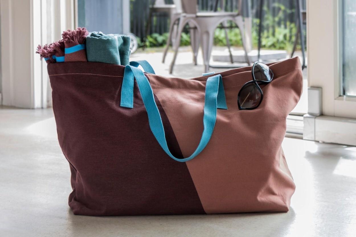 Mette Ditmer ショッピングバッグ/買い物バッグ SHADES ワイン