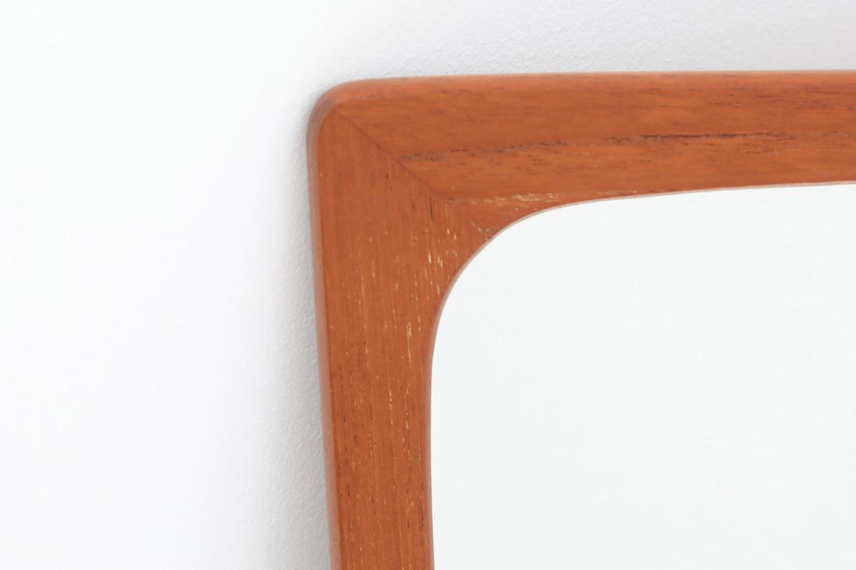 デンマーク製 チーク材ミラー 棚付き 壁掛け/立掛け 高さ59cm 北欧ビンテージ家具/DK11623