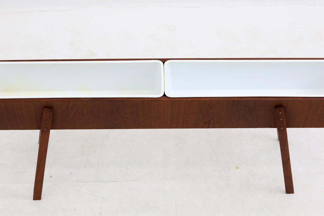 デンマーク製 チーク材 幅が広めのプランター 北欧家具ビンテージ/DK9753