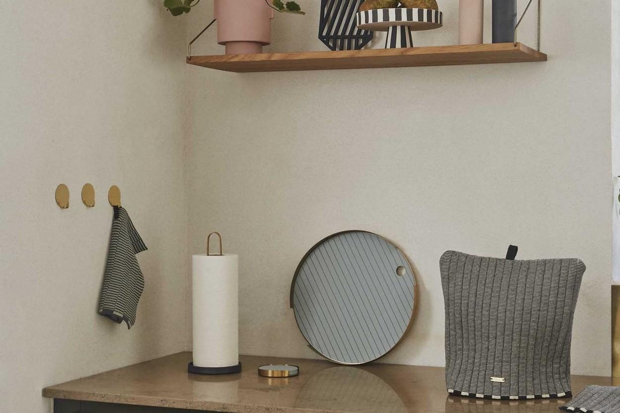 OYOY Living Design キッチンペーパーホルダースタンド Yumi