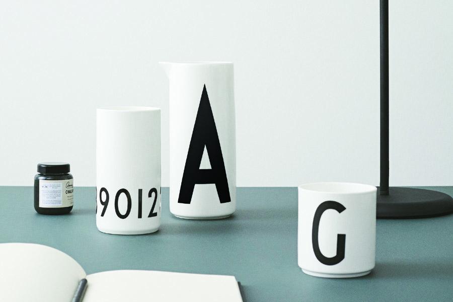 DESIGN LETTERS(デザインレターズ) Arne Jacobsen アルネ ヤコブセン パーソナルポーセリンカップ(N〜Z) ホワイト