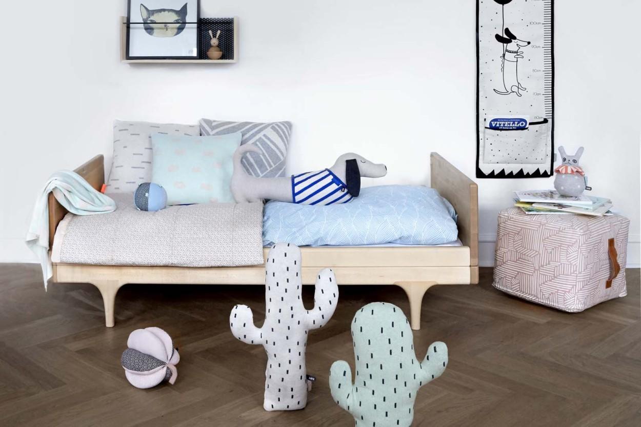 OYOY Living Design デザインピロークッション Cactus 高さ45cm