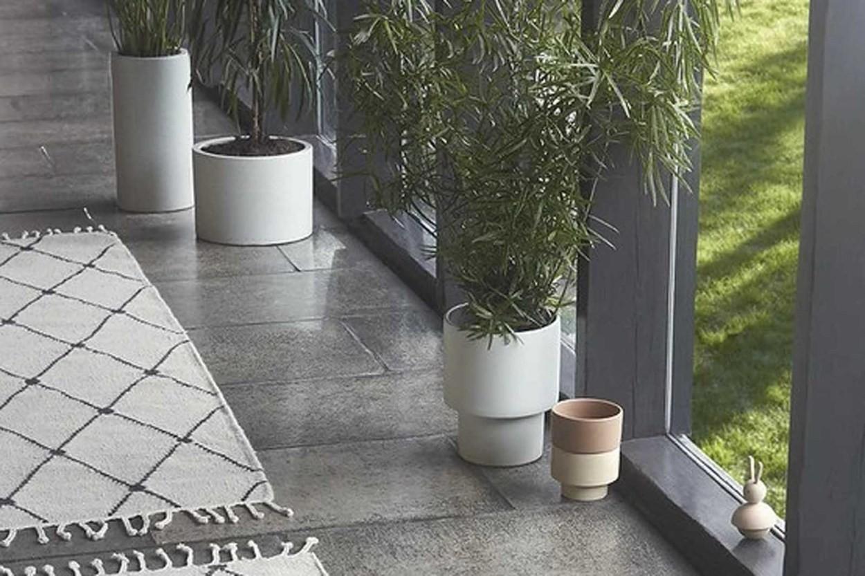 OYOY Living Design モノトーンドットデザインの大きなフラワーベース/フラワーポット 高さ38cm