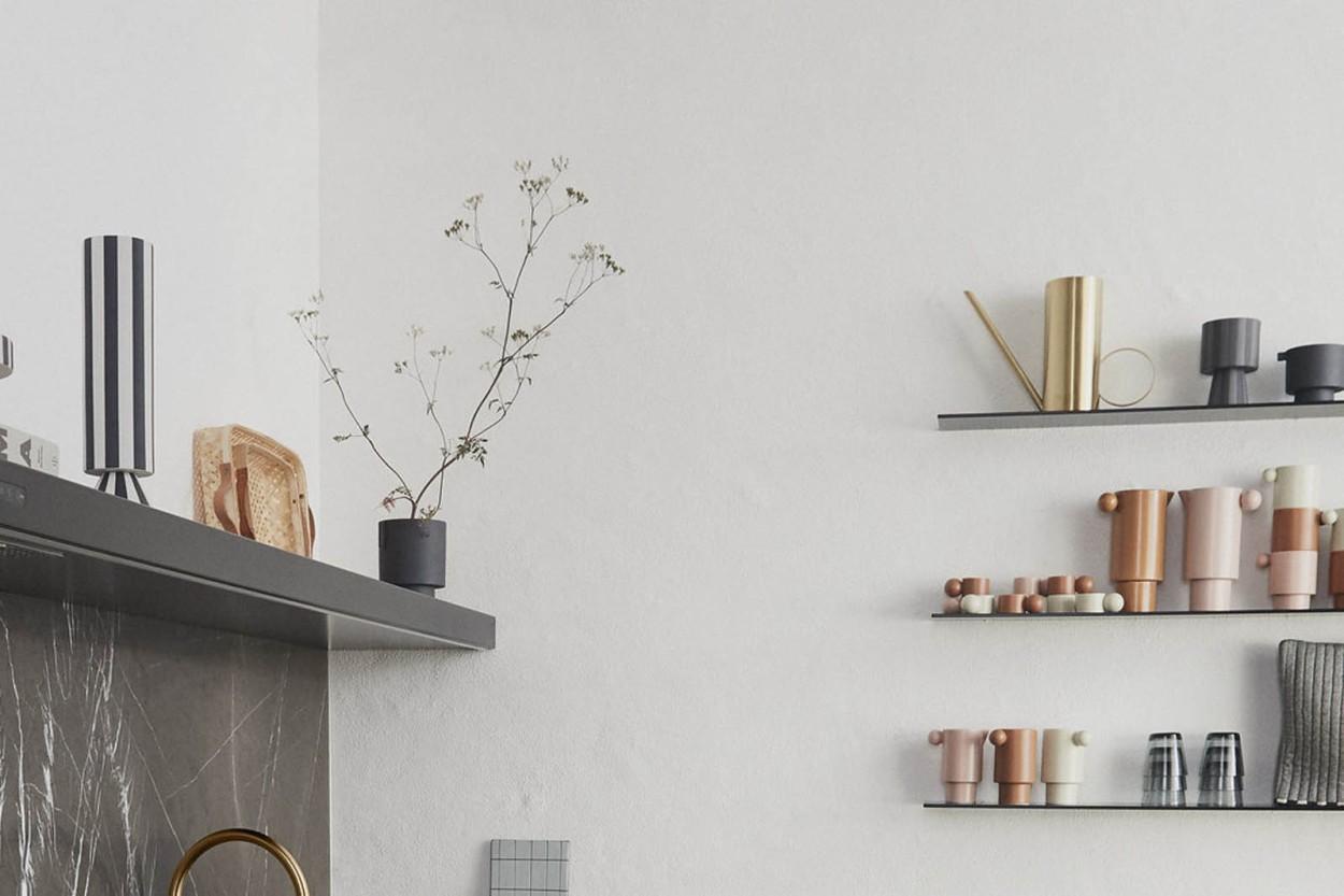 OYOY Living Design モノトーンカラーストライプデザインのフラワーベース/フラワーポット Toppu Sサイズ グレー×ブラック