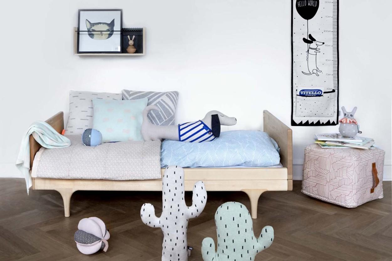 OYOY Living Design ジャガードニットの中綿入りクッション 40x40cm Smilla ブルーxグレー