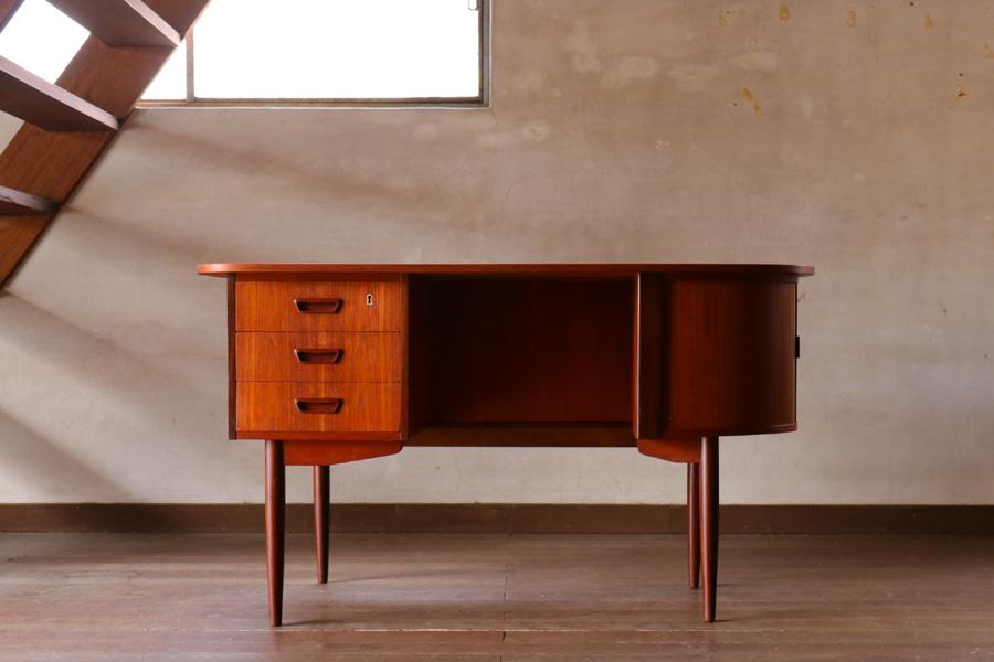 デンマーク製 キドニーデスク 北欧家具ビンテージ/DK8976