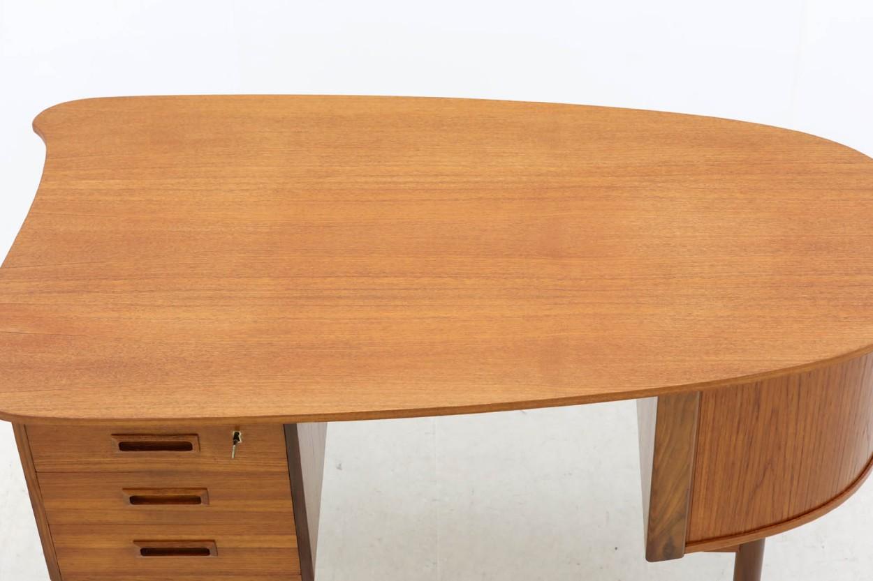 デンマーク製 キドニーデスク チーク材 北欧家具ビンテージ/DK10564