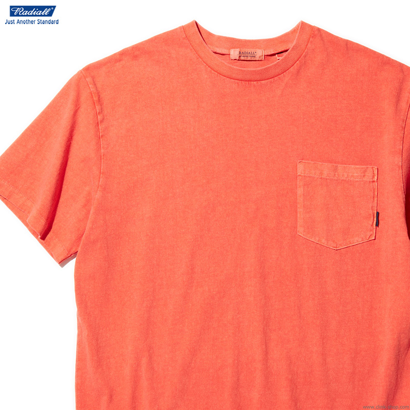 RADIALL EL CAMINO - CREW NECK POCKET T-SHIRT S/S (BLOOD ORANGE)