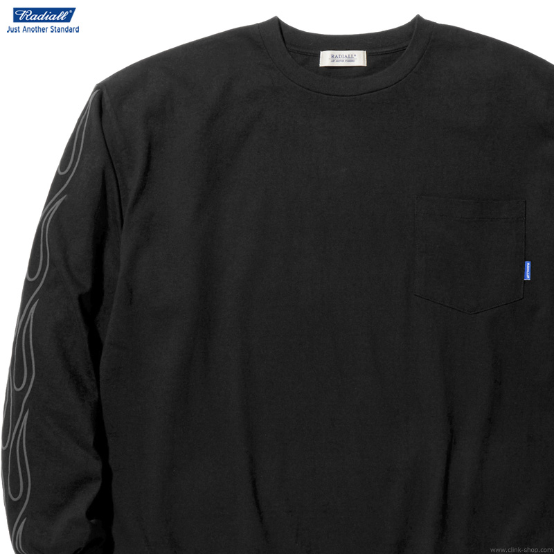 RADIALL FLAMES - CREW NECK POCKET T-SHIRT L/S (BLACK)