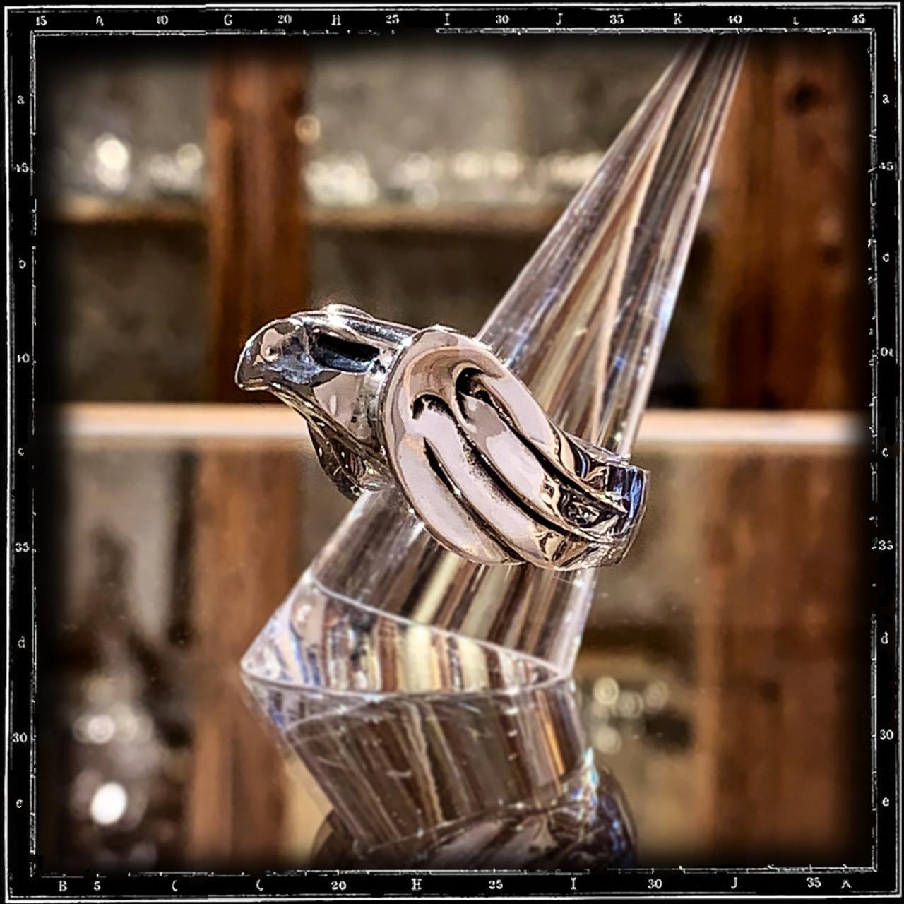BONNET EAGLE RING