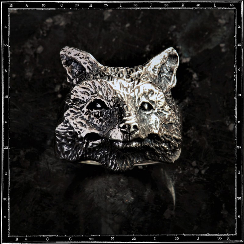 JOHNNY THE FOX RING