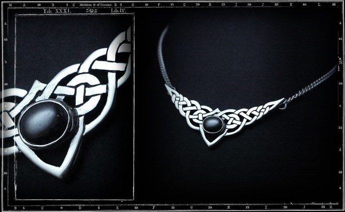CELTIC AND STONE PENDANT WITH CHAIN