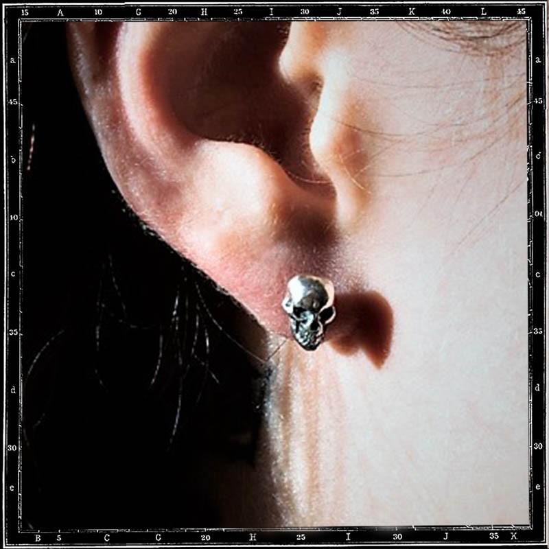 SKULL & JAW STUD EARRING