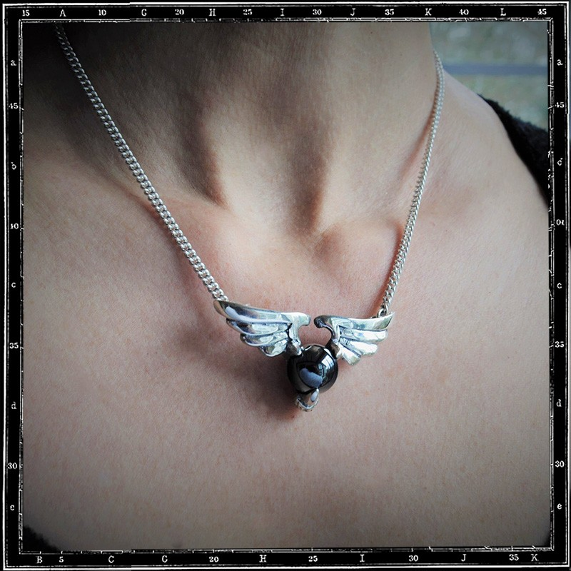 WINGED BALL STONE NECKLACE