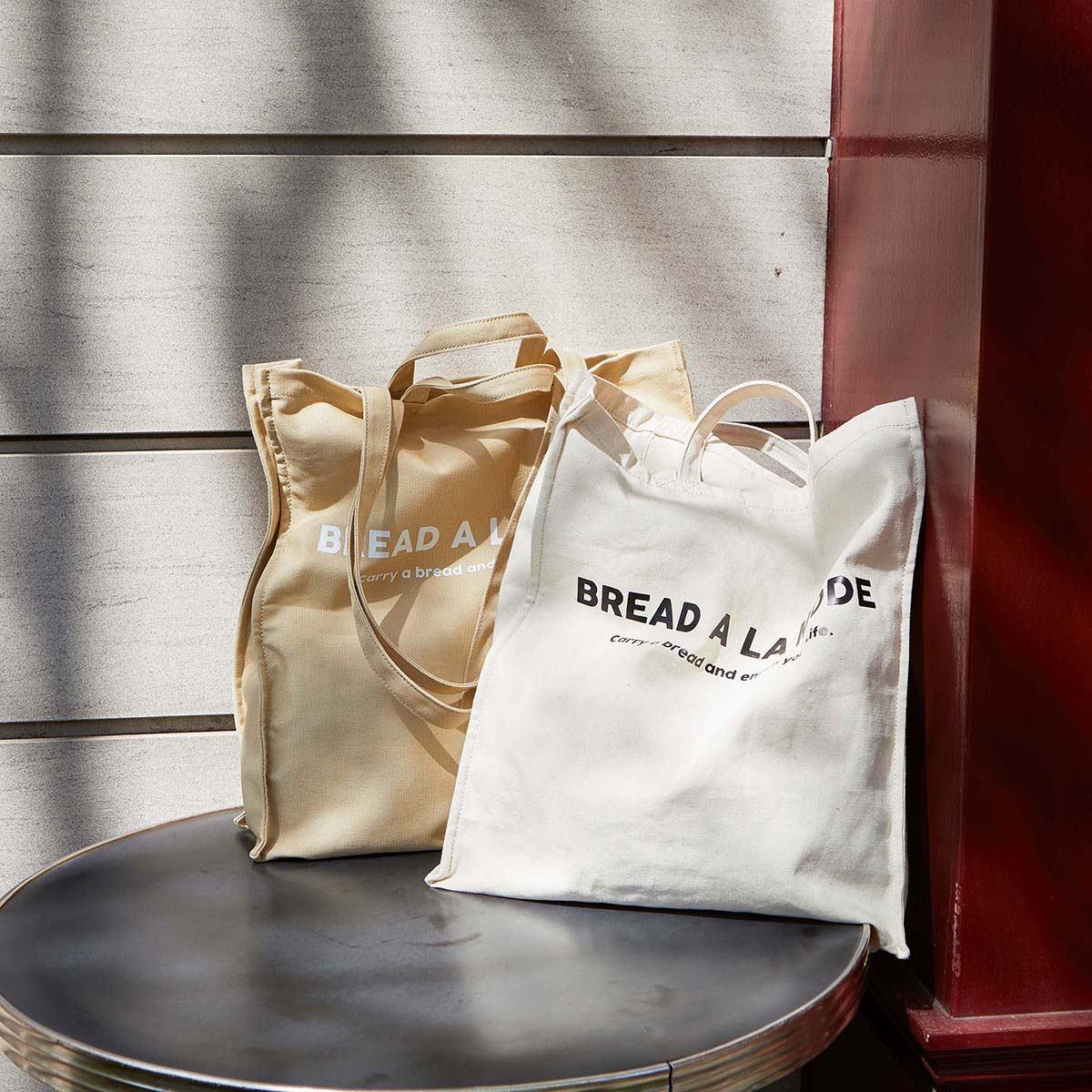 [ブレス トプカピ] Breath TOPKAPI 【パン野ゆり×Breath TOPKAPI】ブレッド・ア・ラ・モード トートバッグ