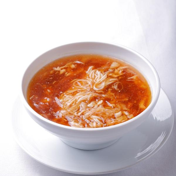 フカヒレとタラバガニ肉のスープそば