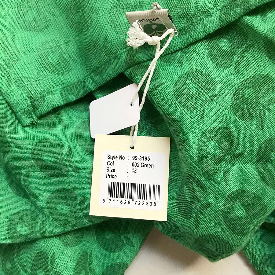 デンマークから Smafolk  大判ガーゼクロス 【クリックポスト可】 Oeco-tex Burp Cloth apples Green 70×70cm お風呂上りやプールにも