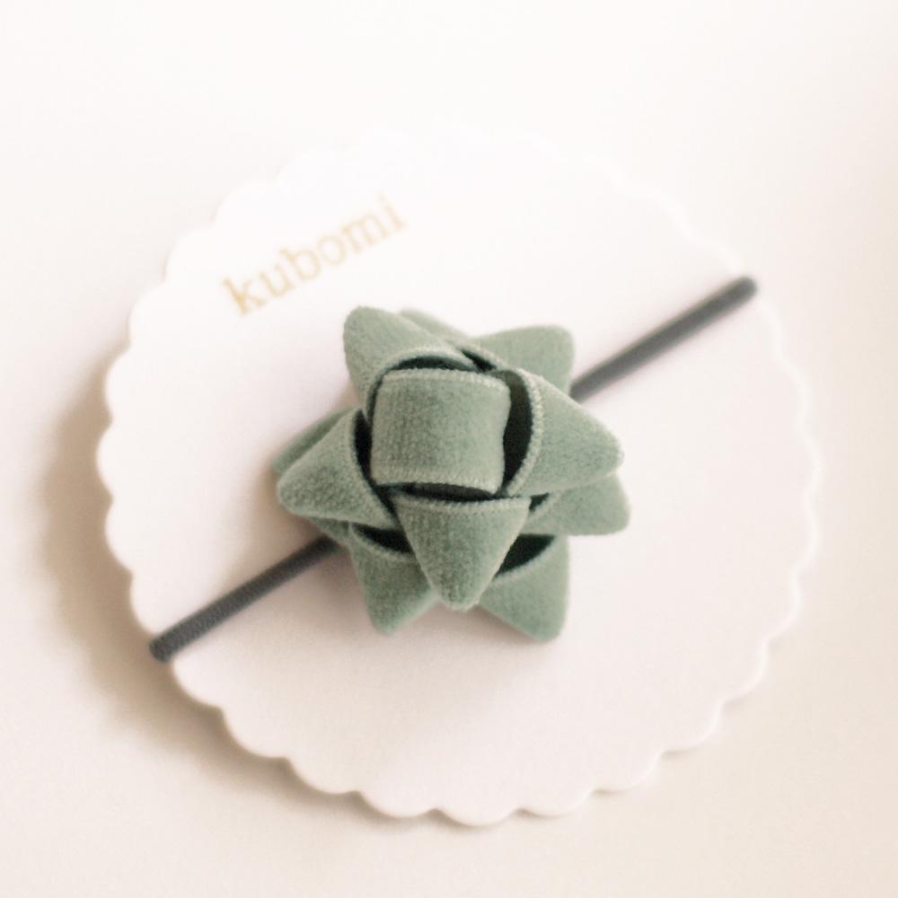 kubomi ベルベットギフトリボン ヘアゴム アイスグリーン S