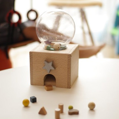 kiko+ キコ gatcha gatcha ガチャガチャ 木製ガチャガチャおもちゃ