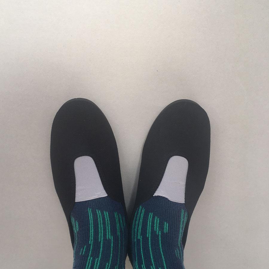 La Cadena GIMNASIA - Panel Slip On Beige / Black 上履き 11.5-18.5cm