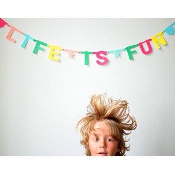 OMM-design HAPPY BIRTHDAYも自在! Word Banner ゴールド
