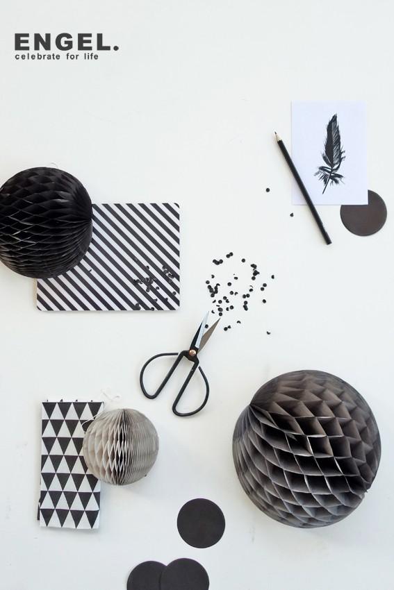 ENGEL Honeycombs Black ハニカムボール  でんぐりインテリア パーティーの飾り付けにも  (3点set)