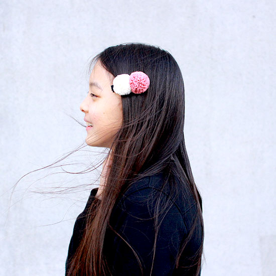 CHATOY チュールポンポンヘアピン サーモンピンク × ホワイト