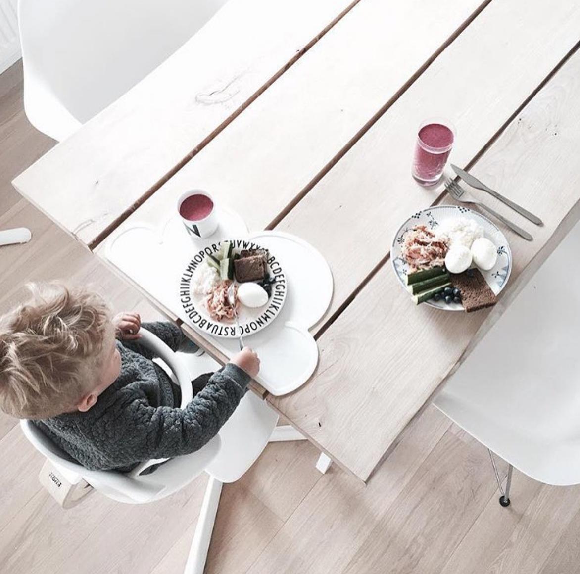 スウェーデンから KG DESIGN シリコン製プレイスマット お食事マット Cloud Placemat WHITE