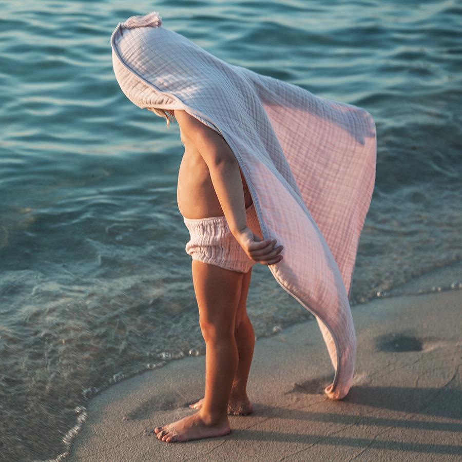 moumout' paris  おくるみ モスリンタオル SYBEL BEE la cape de bain enfant / baby hooded towel SCINTILLE