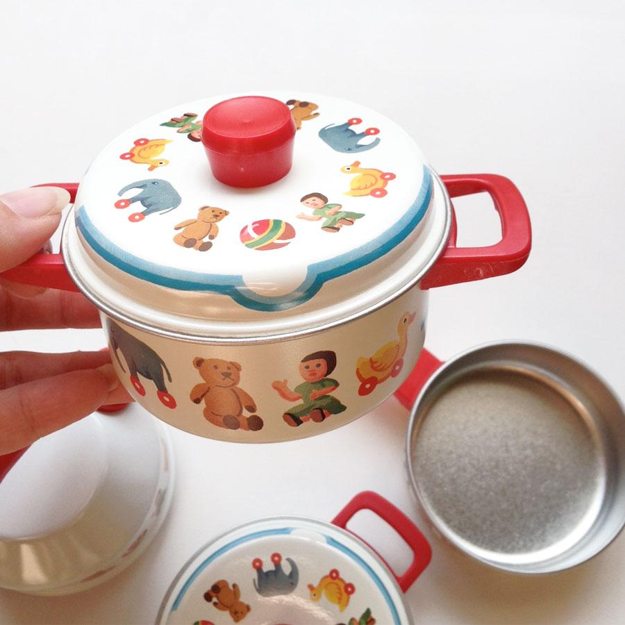 ●ドイツ SCHOPPER Kinder-Geschirr社 キッチンおままごとセット ホワイト