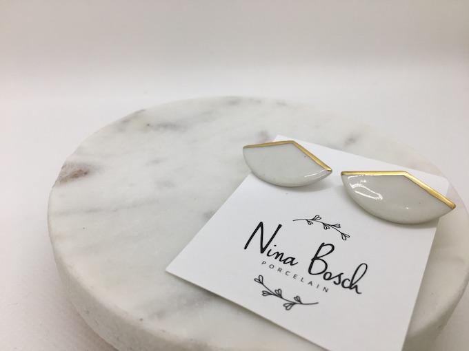 Nina Bosch 扇ワイドピアス  (N58 ホワイト)