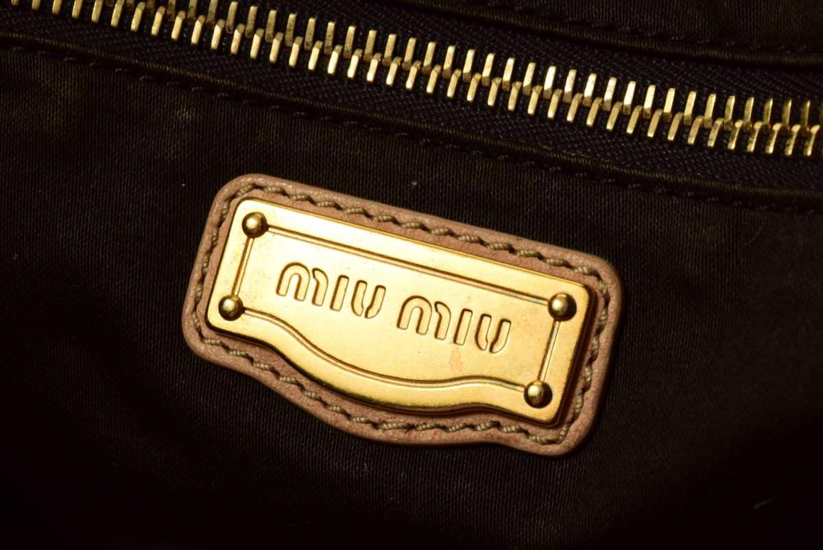 miu miu 編み込み レザー ハンドバッグ