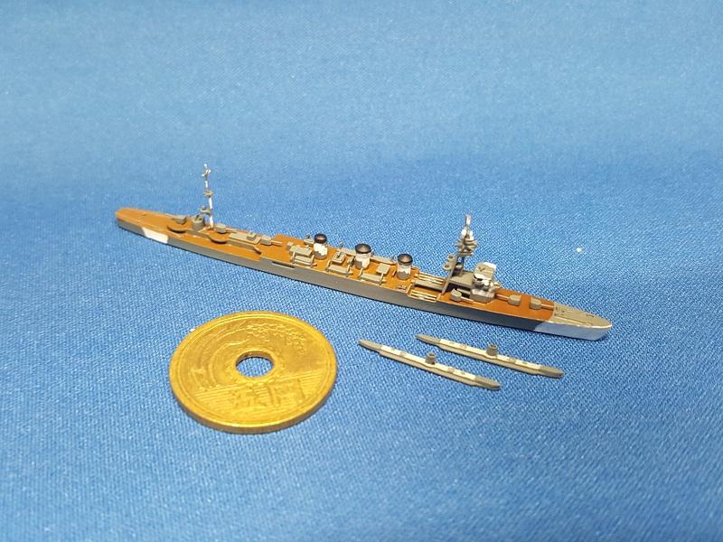 1/2000 軽巡洋艦 木曽(まるゆ付・UVレジン版)