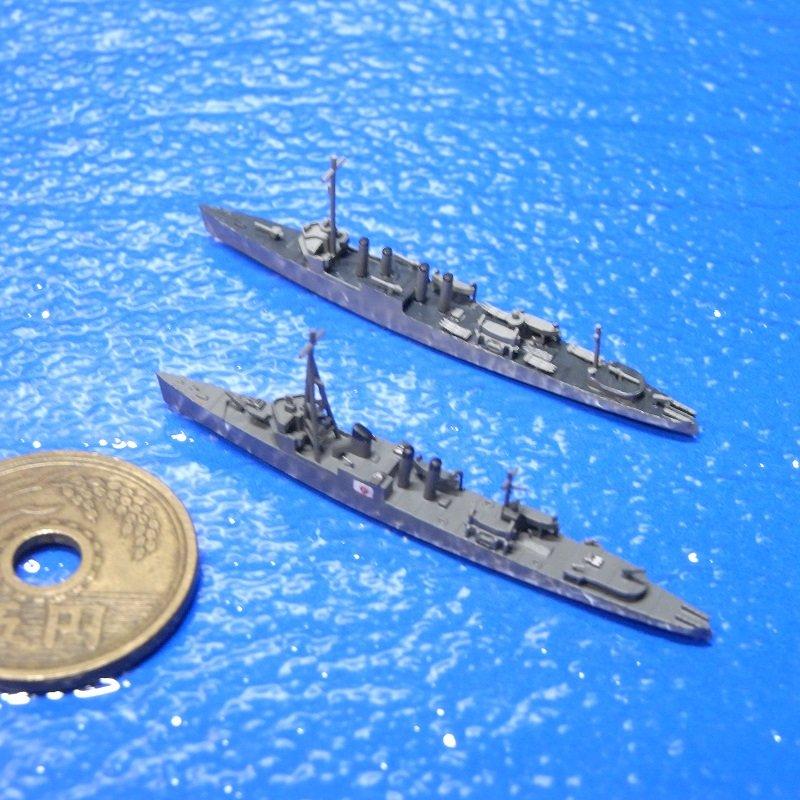1/2000 第102号哨戒艇(平甲板型駆逐艦付き)