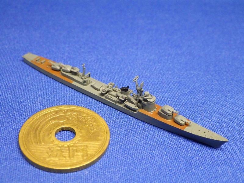 1/2000 秋月型駆逐艦(UVレジン版)