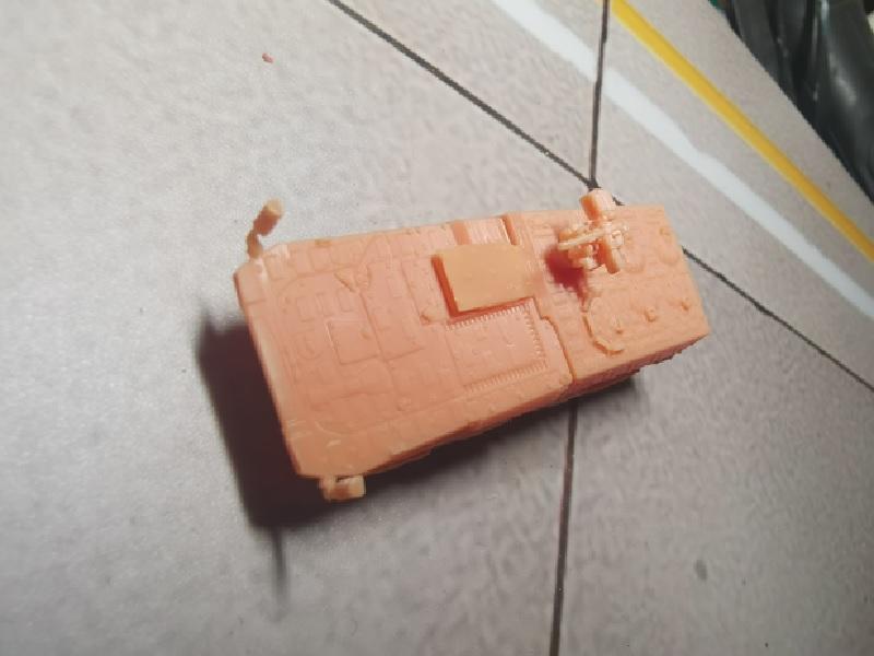 1/144 GTKボクサー 装甲兵員輸送車型