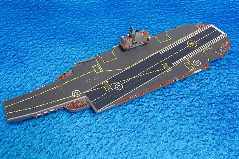 1/2000 ソビエト/ロシア海軍 ウリヤノフスク級重航空巡洋艦