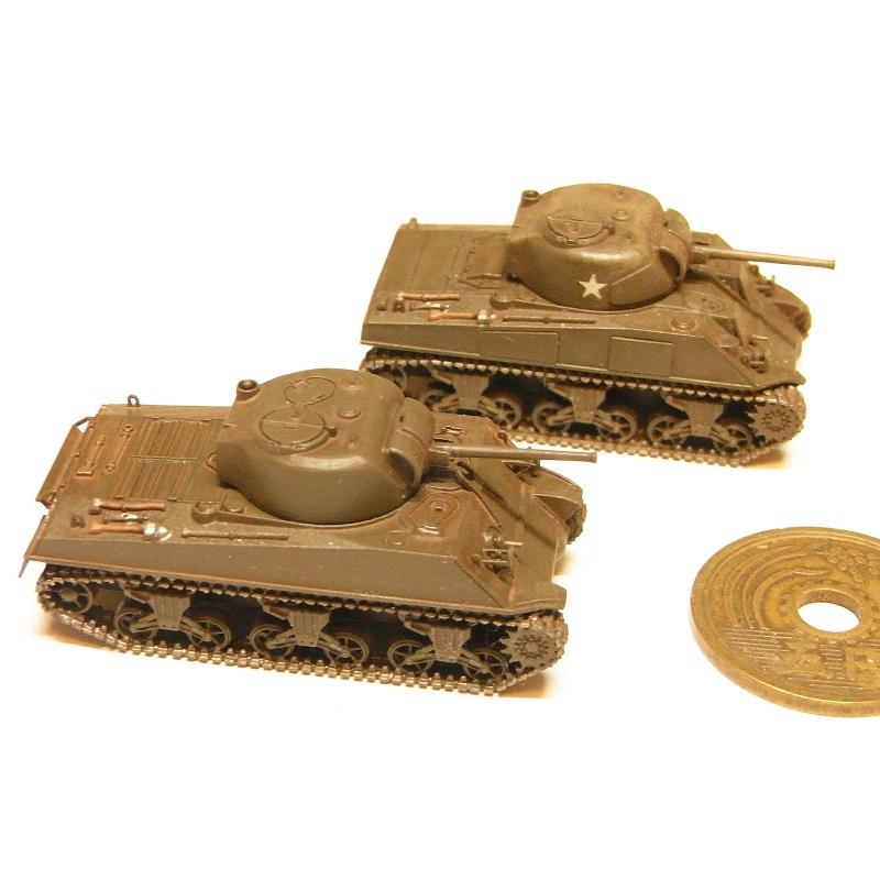 1/144 M4A3シャーマン中戦車(金属砲身付き)