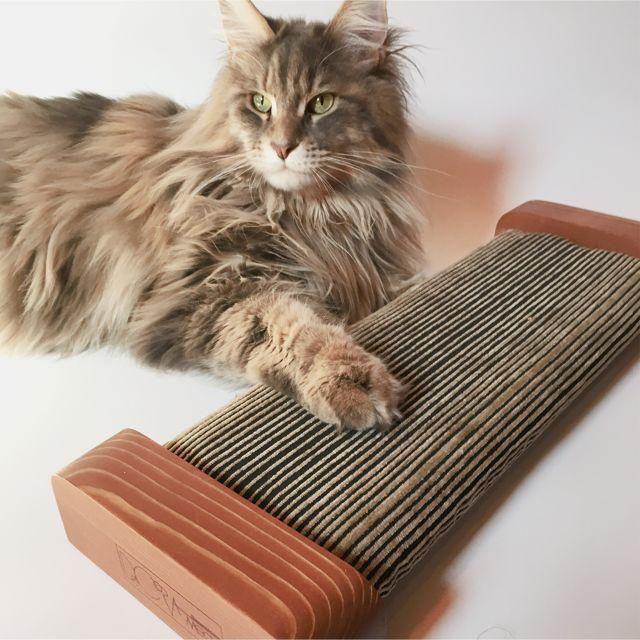 【ORIGINAL Cat Scratcher-Board 】インポートファブリック×WOODのハンドメイド爪とぎ(受注生産)