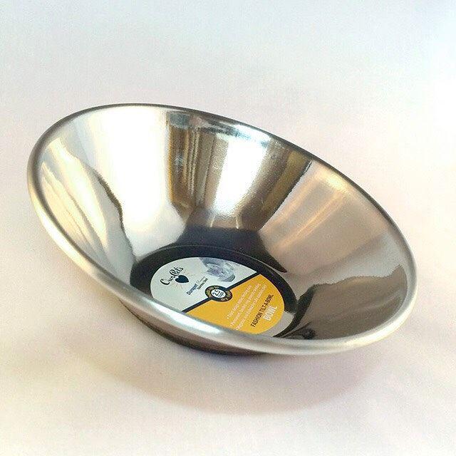 【ペットフードボウル】ステンレス猫用餌皿 /Tilt-a-Bowl S - Our Pets USA