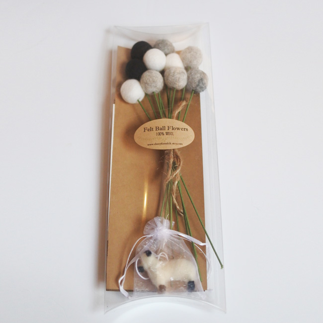Pom Pom Flowers-SheepFarmFelt/ポンポンフラワー