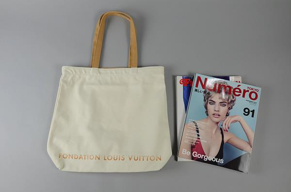【AUTUMN SALE】FONDATION LOUIS VUITTON / フォンダシオン ルイヴィトン / オリジナルトートバッグ / ホワイト