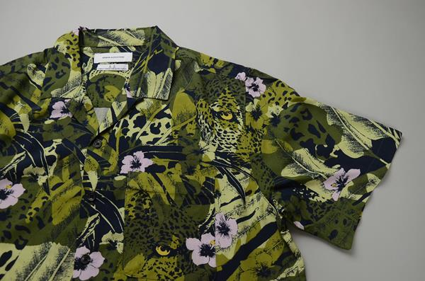 【CLEARANCE SALE】URBAN OUTFITTERS / アーバンアウトフィッターズ / ハワイアンオープンカラーシャツ / グリーンハワイアン