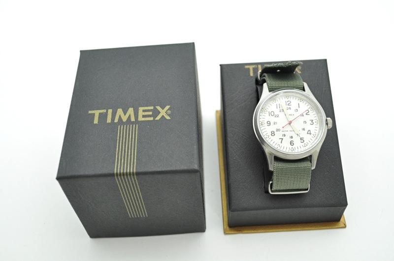 【期間限定SALE 1/24まで】 J.CREW×TIMEX / Vintage Finished White Field Army Watch / White×Olive ジェイクルー×タイメックス / ビンテージフィニッシュドホワイトフィールドアーミーウォッチ / ホワイト×オリー